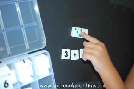 Counting the answer with dominoes addition | www.joyinthehome.com